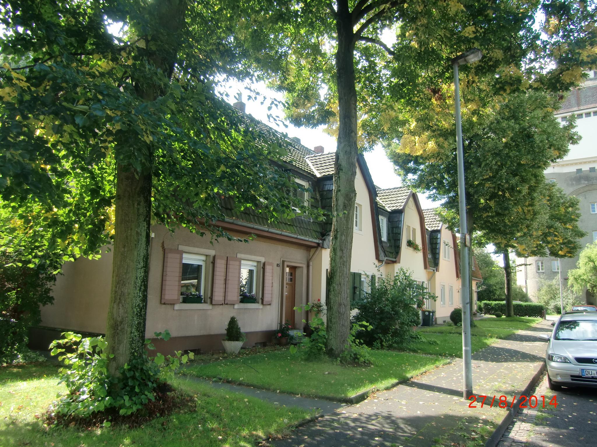 CIMG0275  roosstraße eisenbahnsiedlung