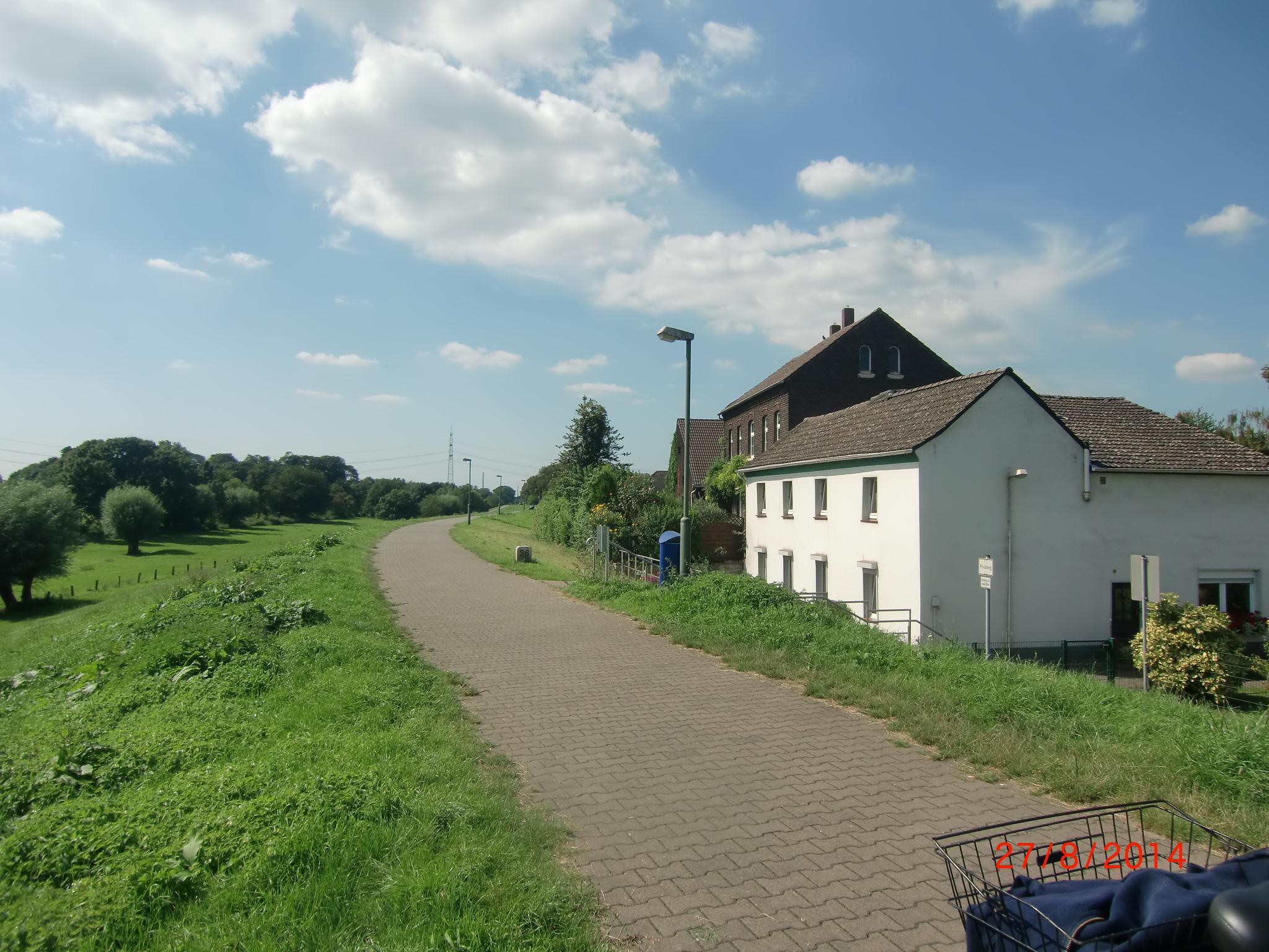 CIMG0290 Dorf Friemersheim